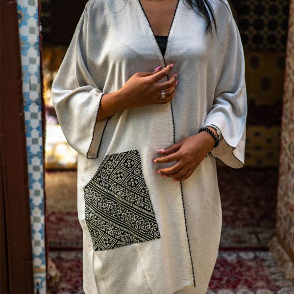 Kimono court en lin creme et poche en tissu point de fez